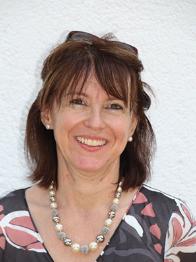Frau Petra Rieger